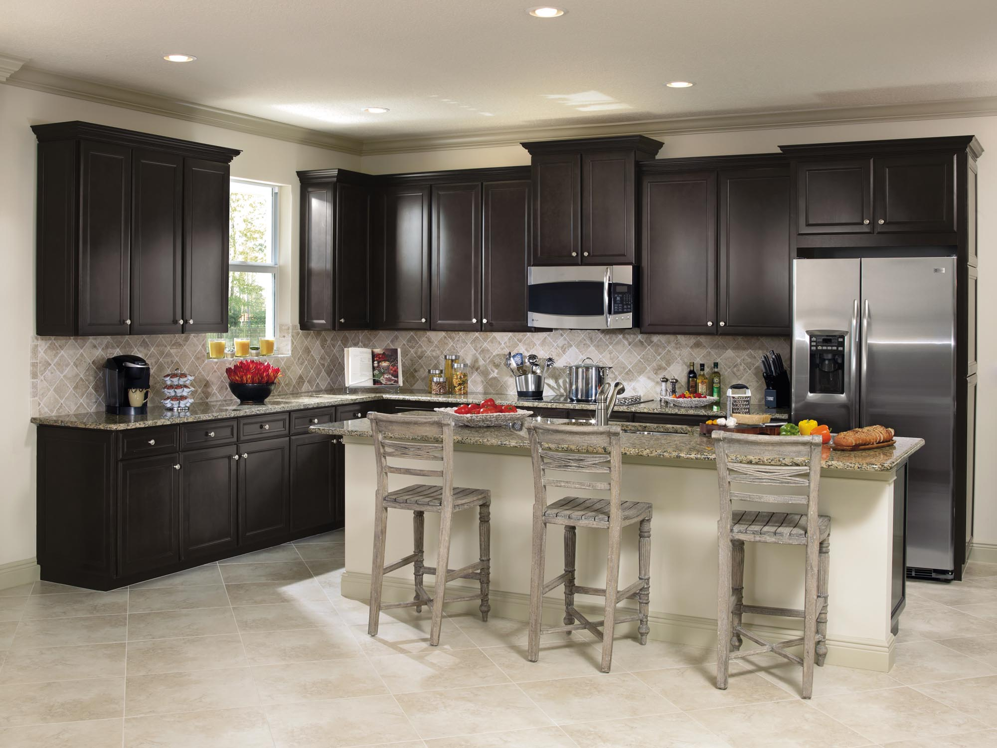 Aristokraft cabinetry gallery kitchen bath remodel for Kitchen and bathroom cabinets