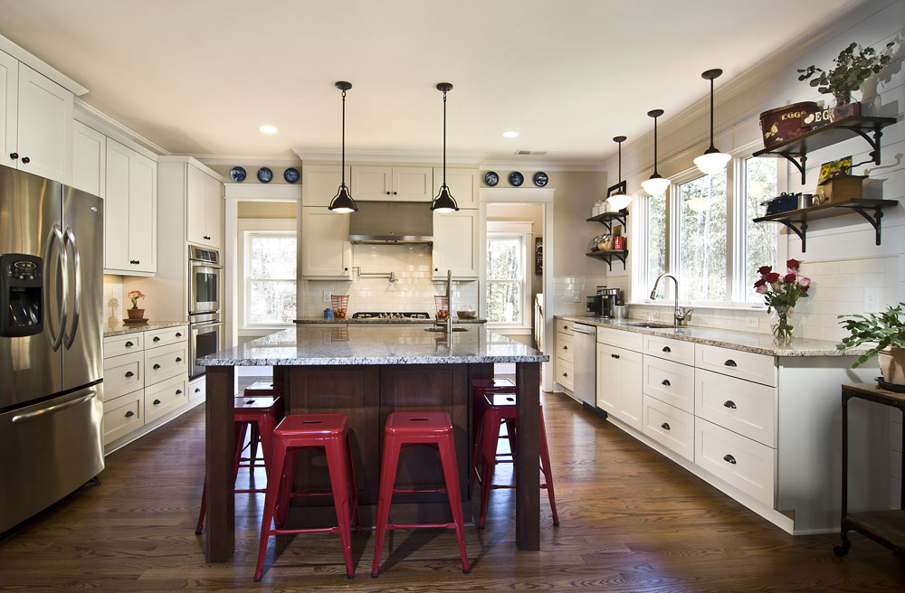 Custom kitchen cabinets in Melbourne Florida from Hammond Kitchen & Bath