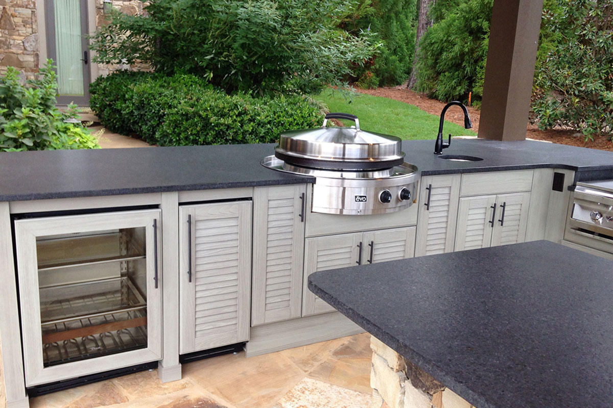 NatureKast outdoor summer kitchen cabinets in Melbourne FL. Cabinet installation by Hammand Kitchens & Bath