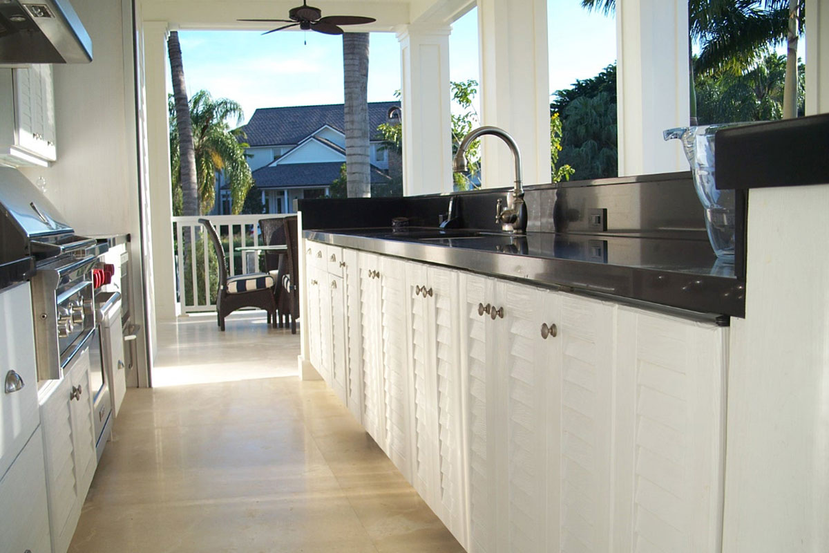 NatureKast outdoor summer kitchen cabinets in Melbourne FL by Hammond Kitchens & Bath
